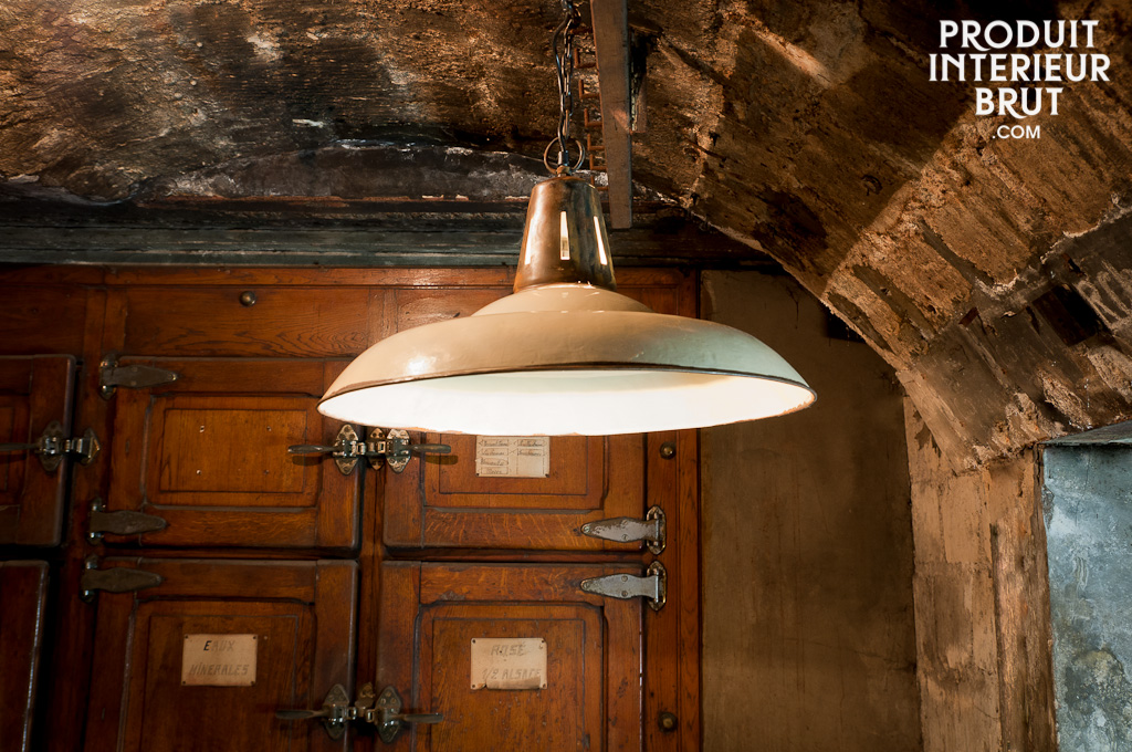 Warehouse ceiling light
