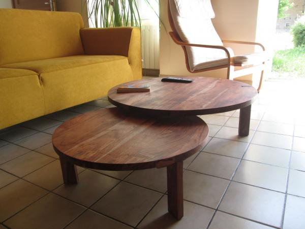 Stockholm coffee table double tabletop, which brings a Scandinavian touch to our room, superb.