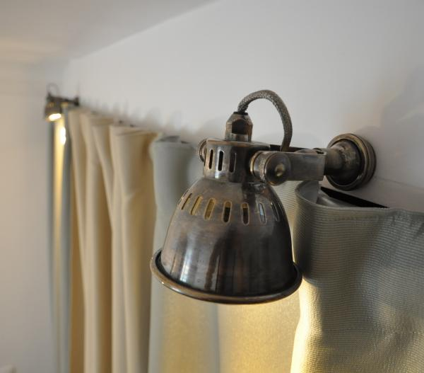 Retro atmosphere for my closet, with two small but beautiful Bistro wall lamps.