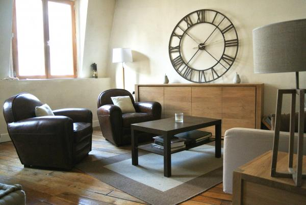 The Cigar Club armchairs from PIB are beautiful and very comfortable! Just perfect for our living room!