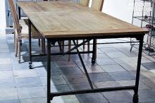 LARGE WALLPAPERING TABLE