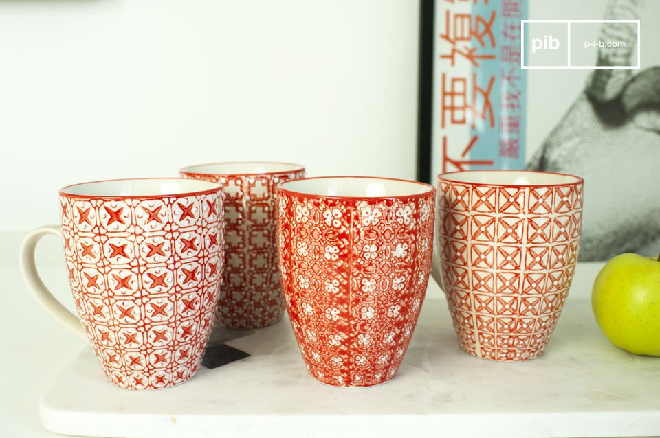 Four romantic mugs inspired by the Scandinavian style.