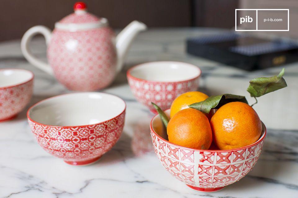 A romantic set of bowls -  full of charm