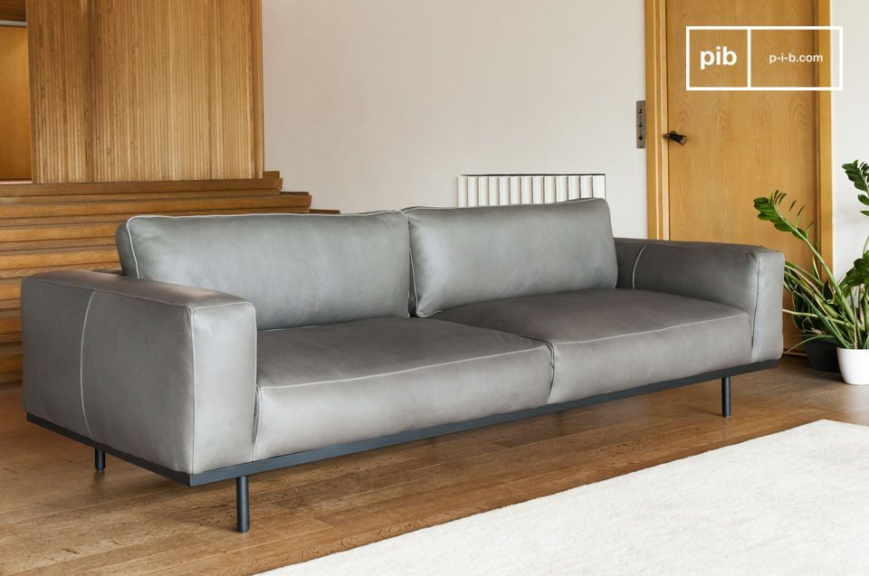 The combination of styles allows the sofa to fit into any interior.