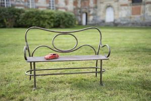 Alouette small bench