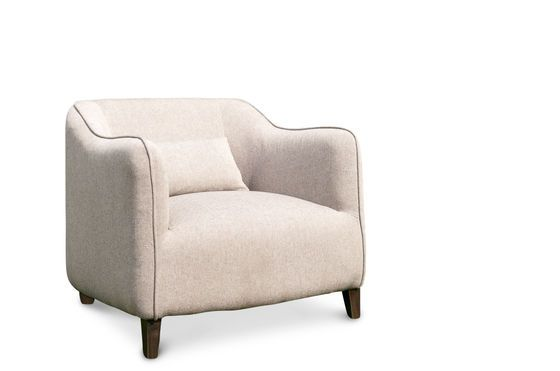 Armchair Molly Clipped