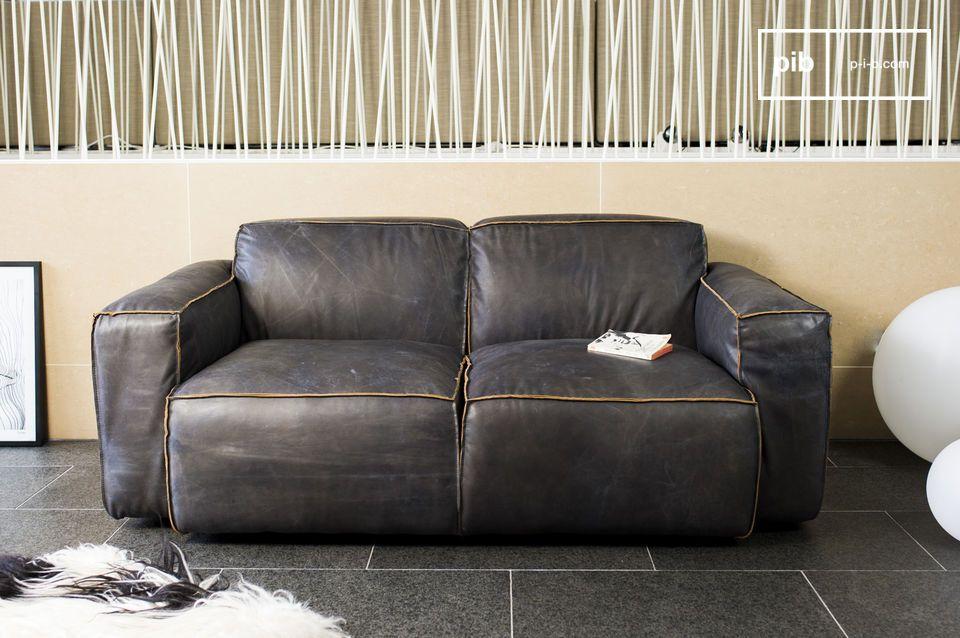 Atsullivan Sofa