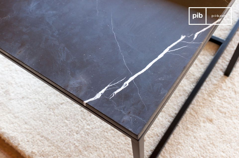 A refined coffee table with resolute 50s notes.