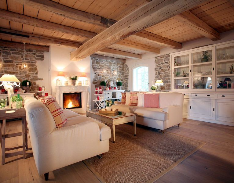 The country style is playful and romantic