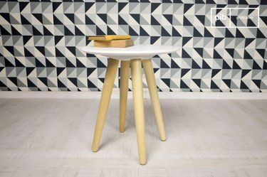 Beel occasional table