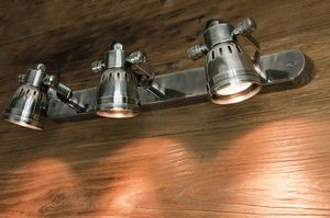 Bistro triple-lamp wall light