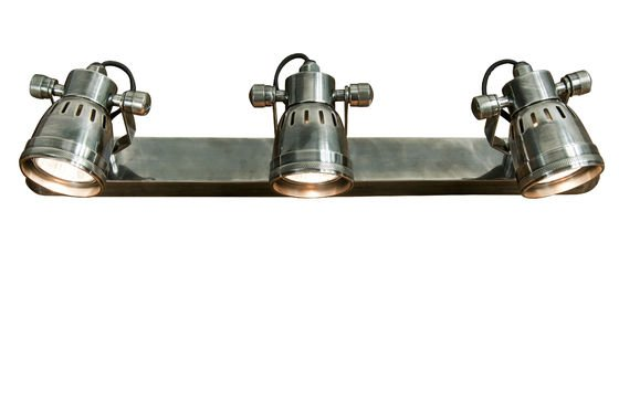 Bistro triple-lamp wall light Clipped