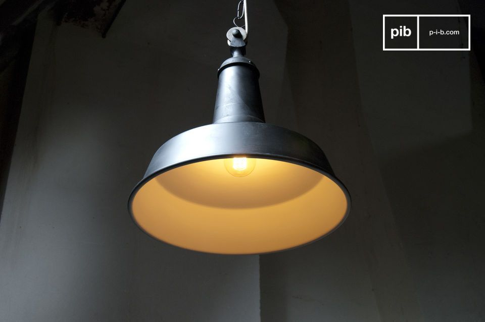 Want to add some vintage industrial flair to your room? This Black Factory suspension light would be