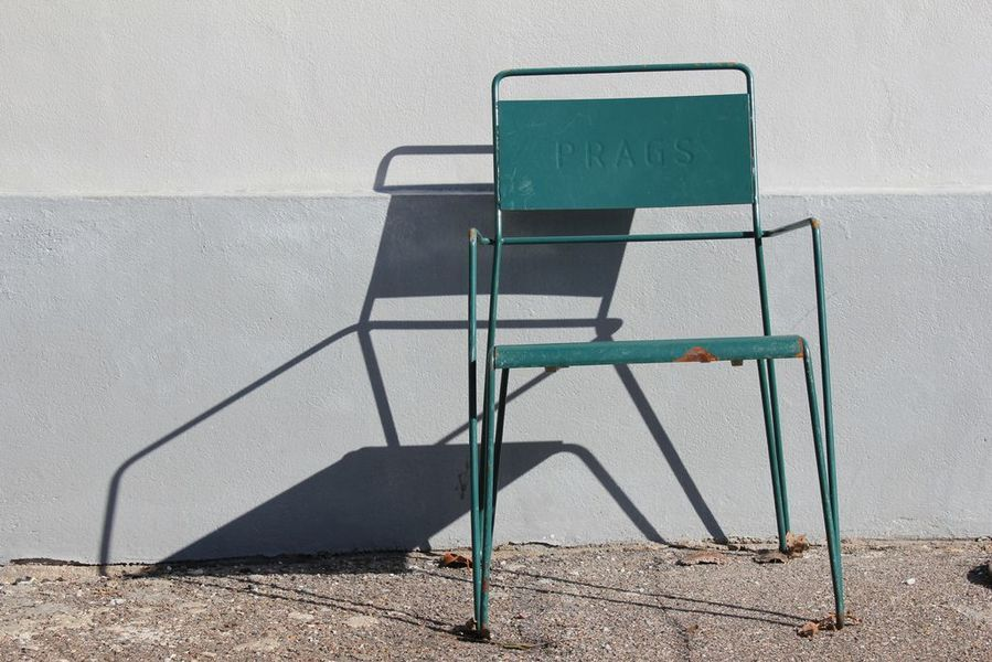 Why does every home need metal chairs - Chaise aluminium exterieur ...