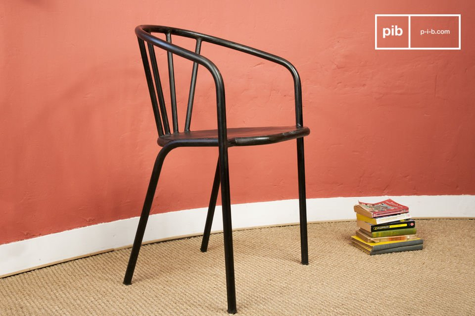 Brienon metal chairs