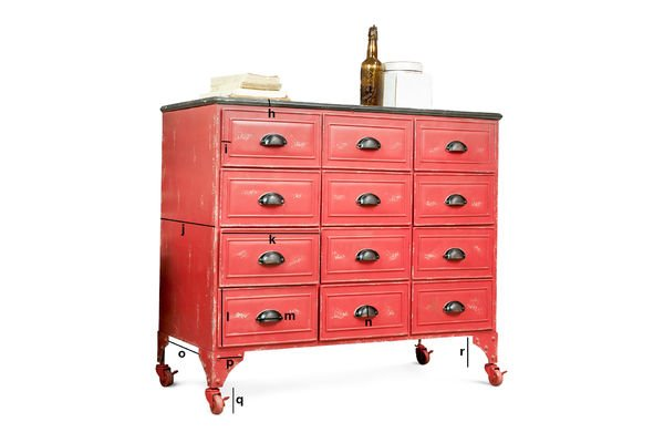 Product Dimensions Brighton metallic chest