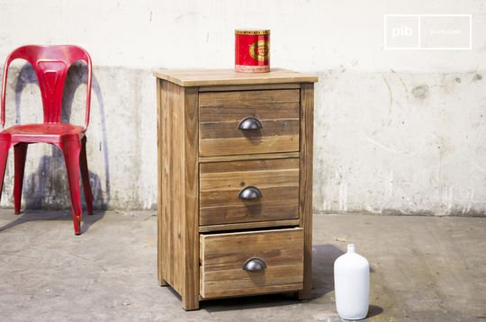 Buick cabinet of drawers