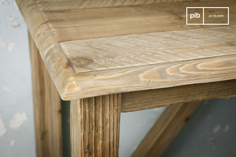 Opt for a wood console table with character, designed with massif aged pine