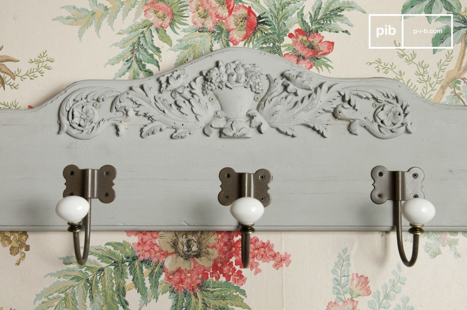 This practical coat rack will add that touch of boho cottage charm to your entrance hall