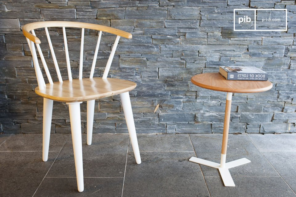 The chair Lidingö is a beautiful piece of seating furniture made of wood that has been manufactured with the Scandinavian design style in mind