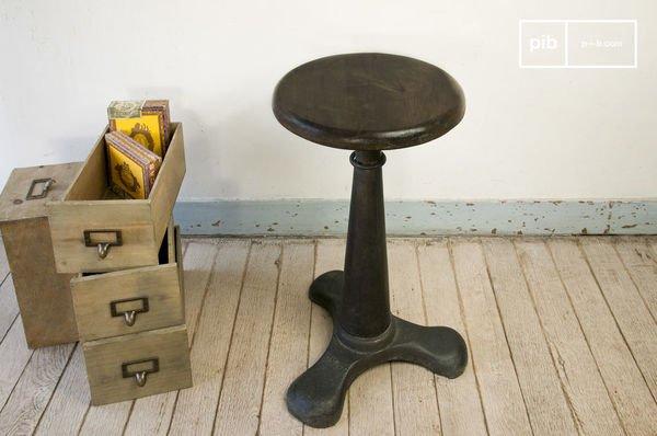 Chaise haute industrielle vintage