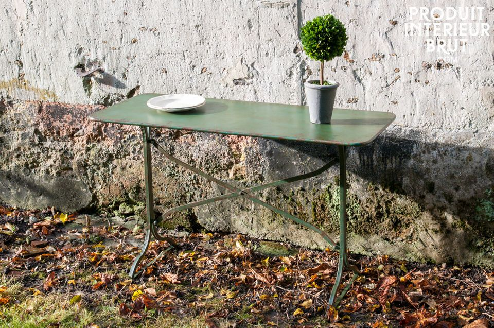 Combourg metallic table