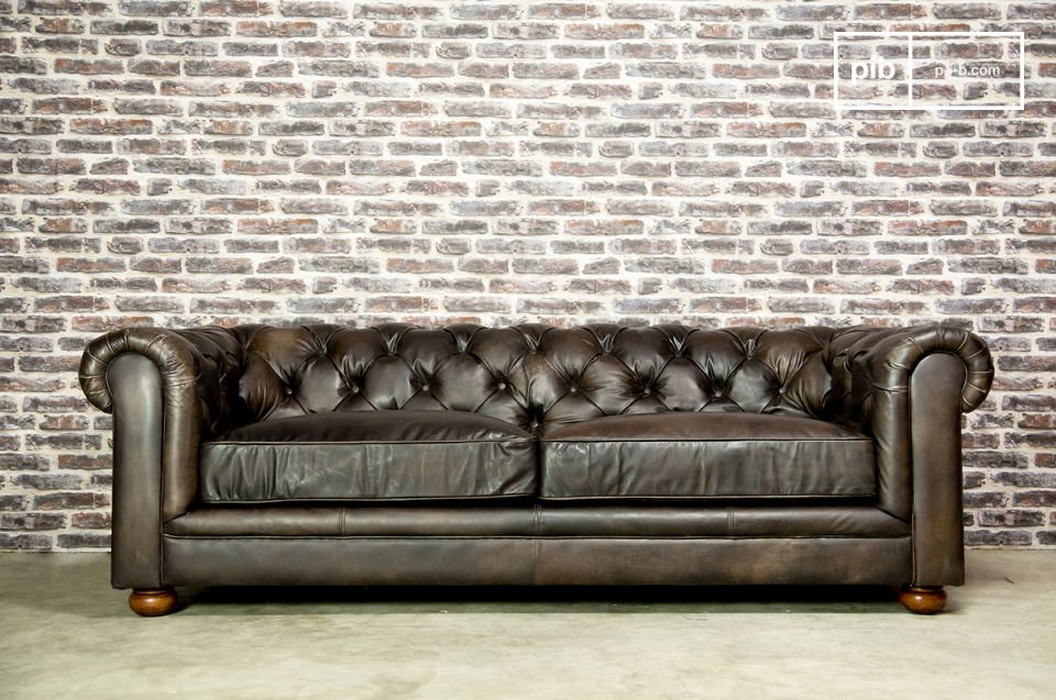 Its seat and backrest stuffed with foam make this sofa, a truly chic sofa that will give you matchless comfort