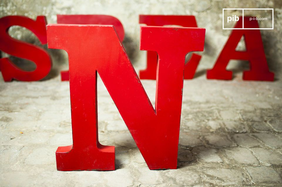 Decorative letter N