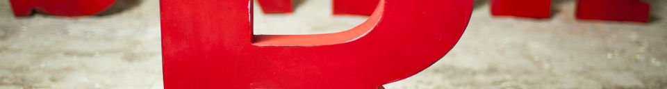 Material Details Decorative letter R