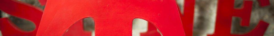 Material Details Decorative letter T