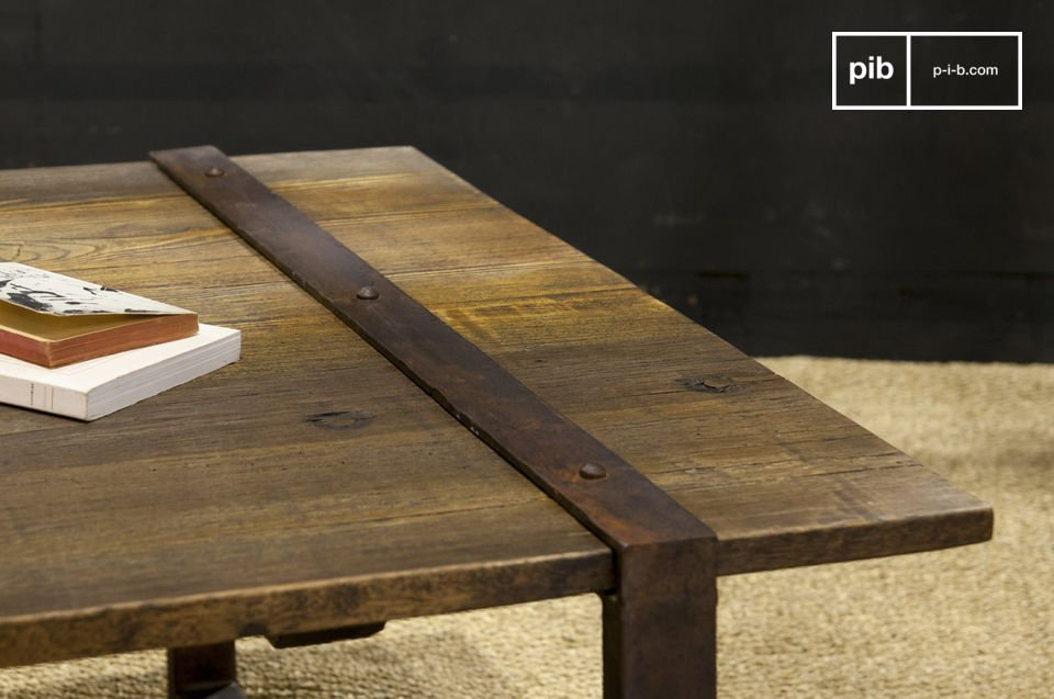 The Domancy coffee table with its rough top made of reclaimed elm planks will add a touch of