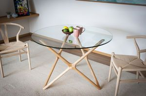 Estrella glass dining table