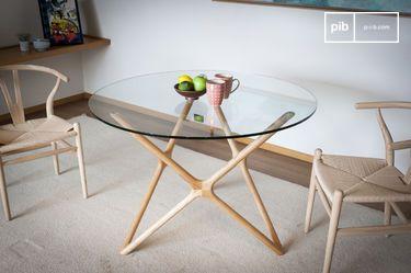 Estrella glass dining table