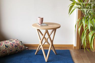 Estrella wooden side table