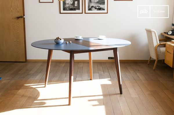 Extensible table Cristina