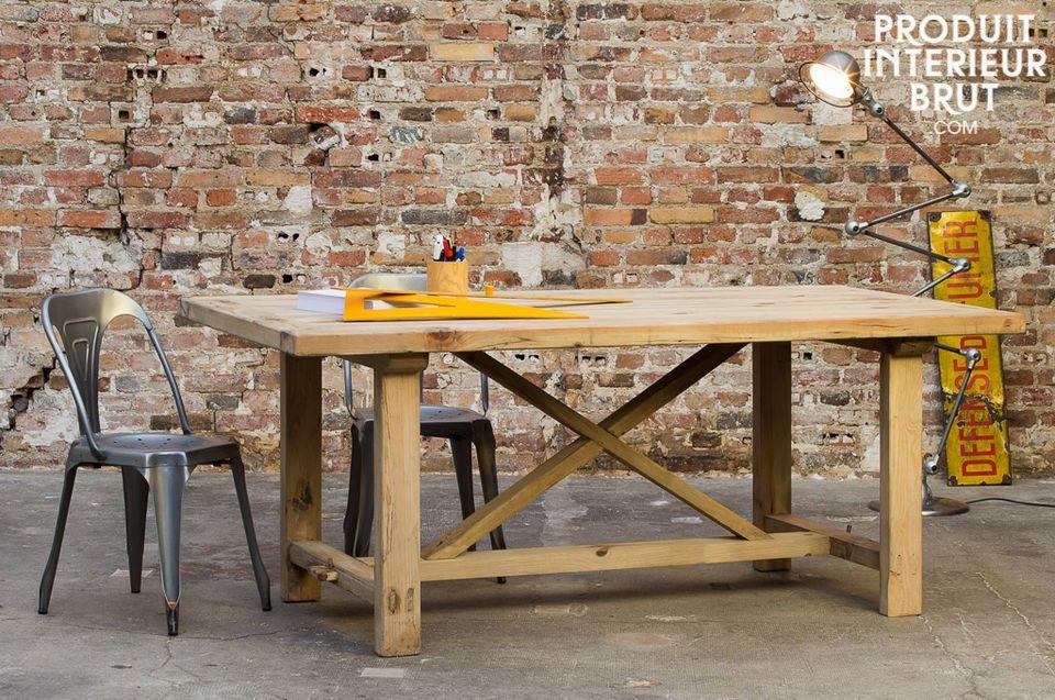 Felix wood table