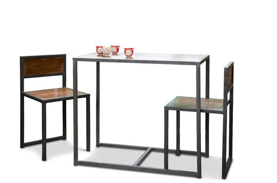 Finn table and chairs set Clipped