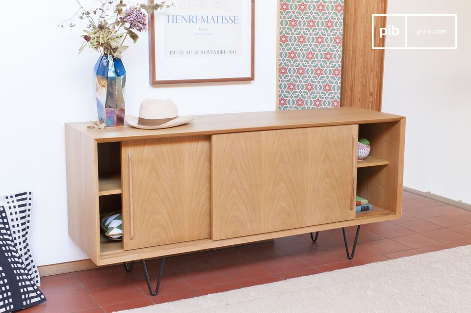 This Fiska light oak buffet is suitable for all types of interior decoration
