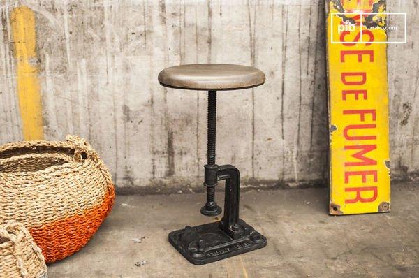 Foundry stool