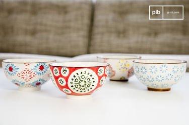 Four tzigane bowls