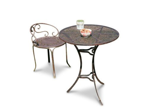 Giverny table Clipped