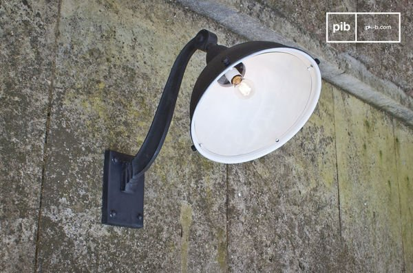 Gooseneck Warehouse Light