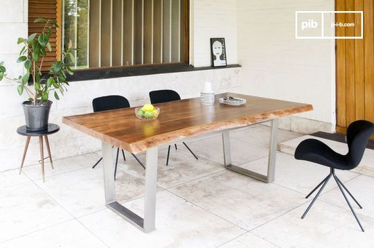 Grand Avallan table