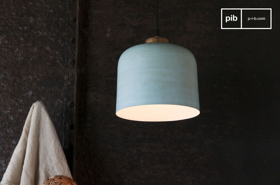 A bell-shaped suspended  lamp with Nordic touches
