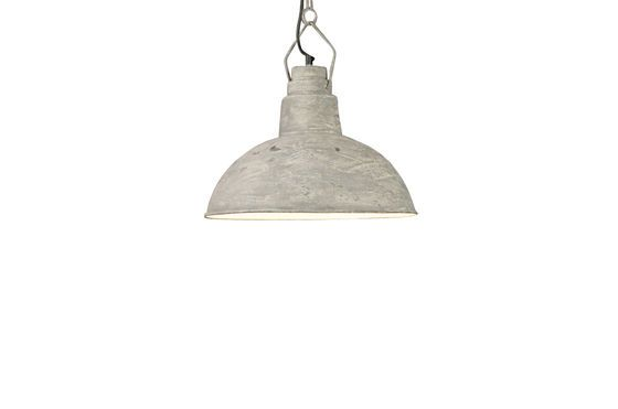 Hanging light Cement Clipped