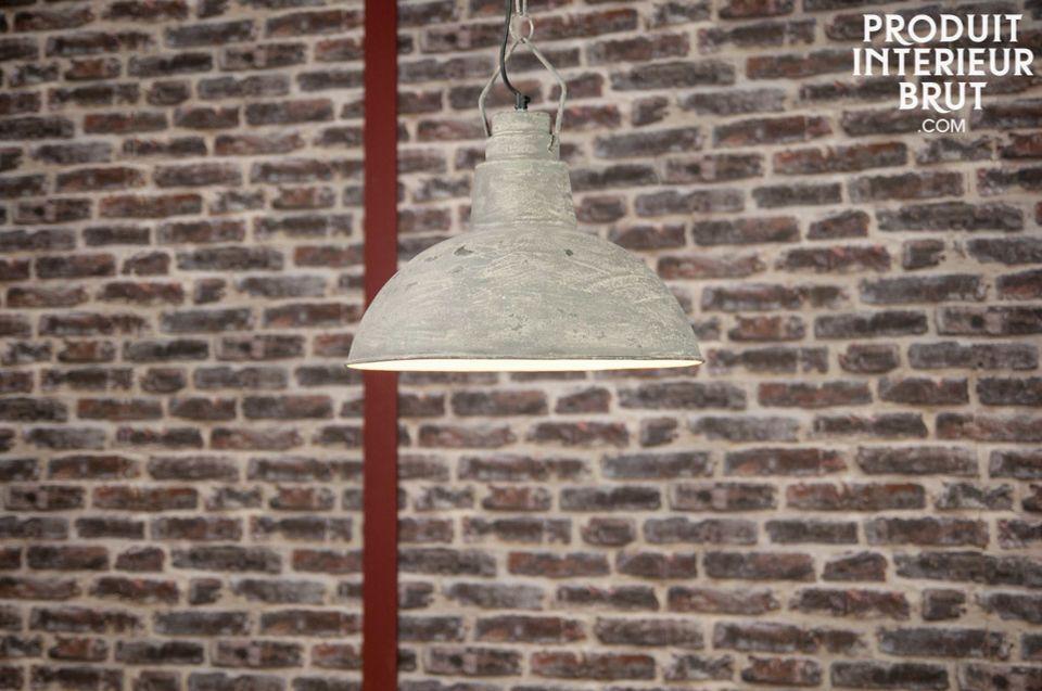 Hanging light Cement