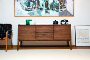 Hemët walnut sideboard