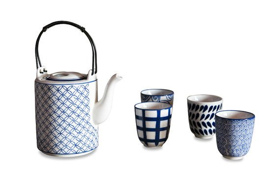 Hivana tea set Clipped
