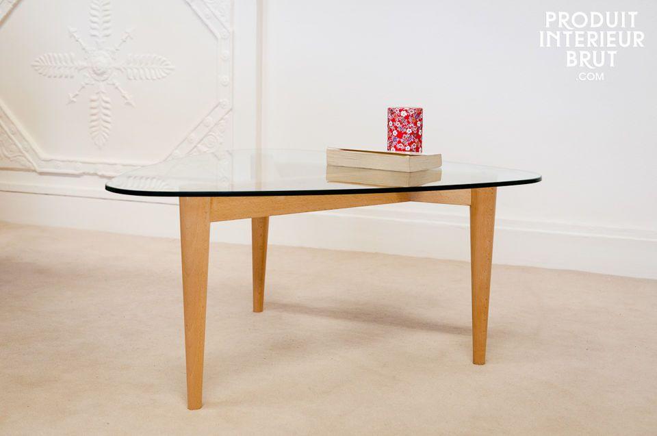 Höti three-legged coffee table