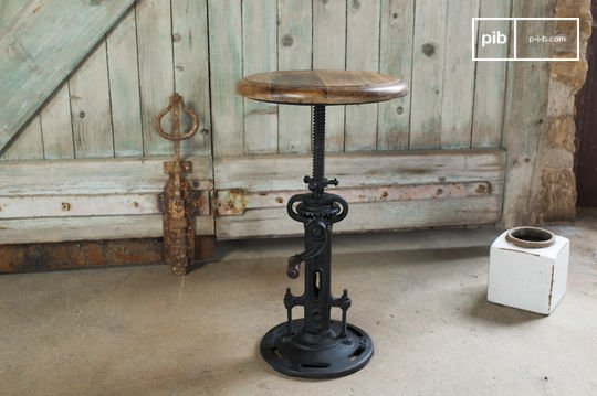 Industrial stool with crank